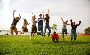 Family_jump
